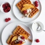 Fluffy Vegan Waffles | vanillacrunnch.com