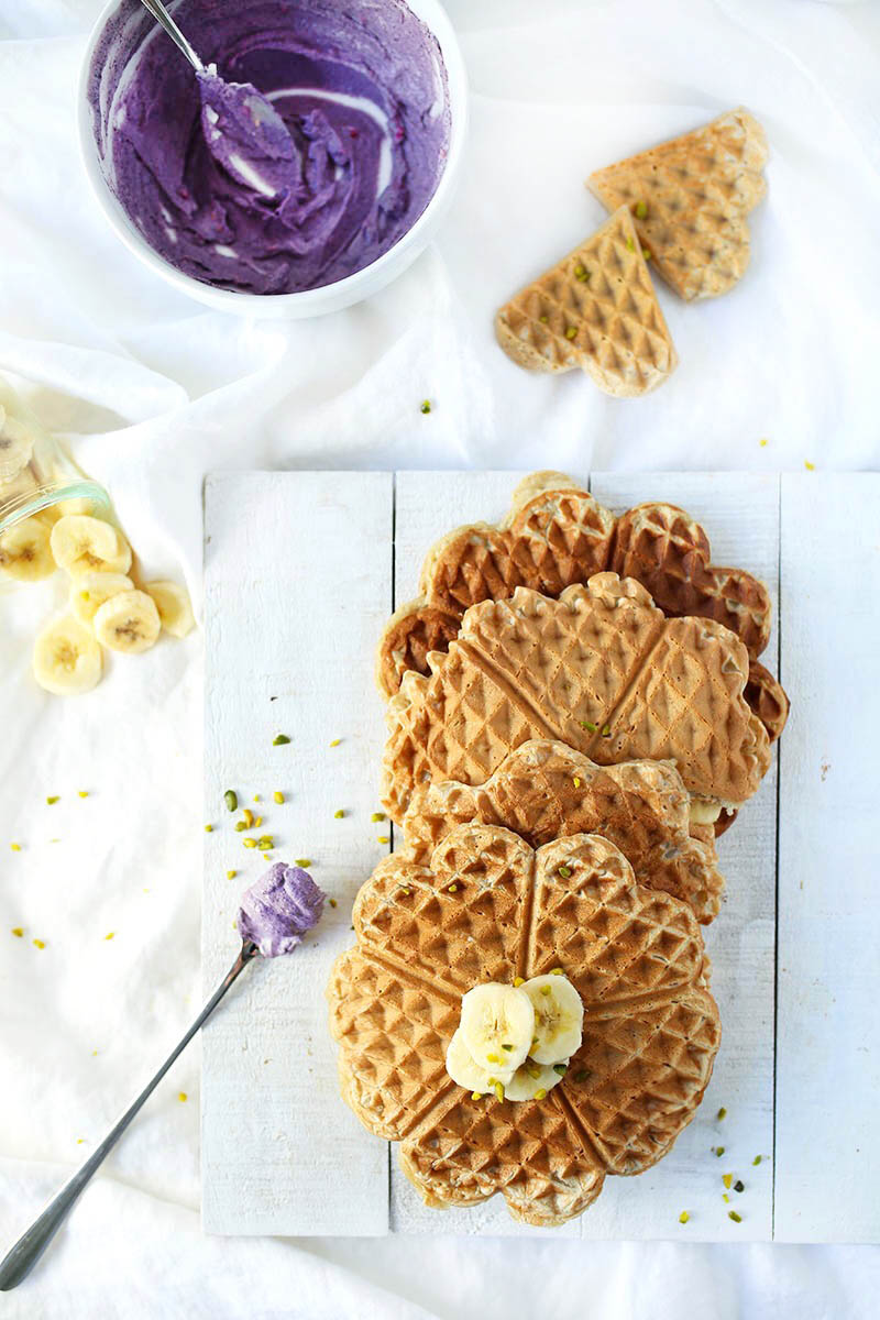 Easy vegan gluten-free Waffles with an antioxidant blueberry cream