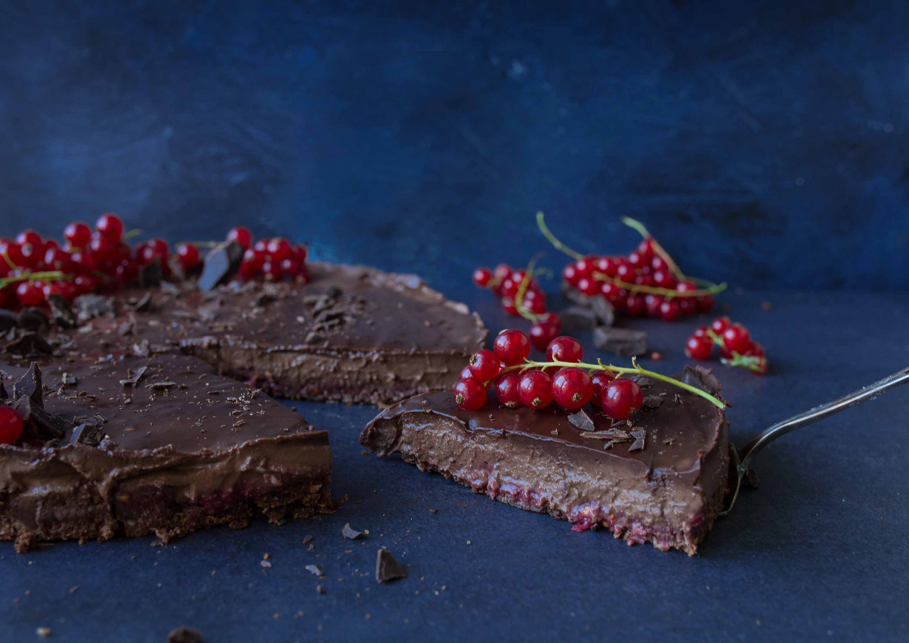 Vegan chocolate cake with red currant layer