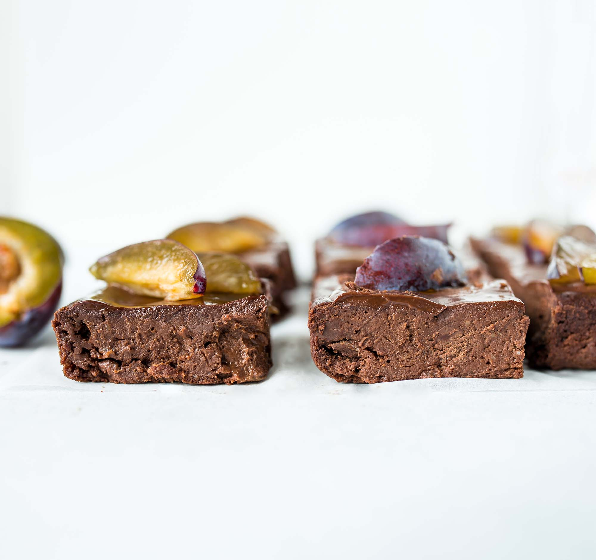 Gluten-freie Vegane Zwetschgen Brownies