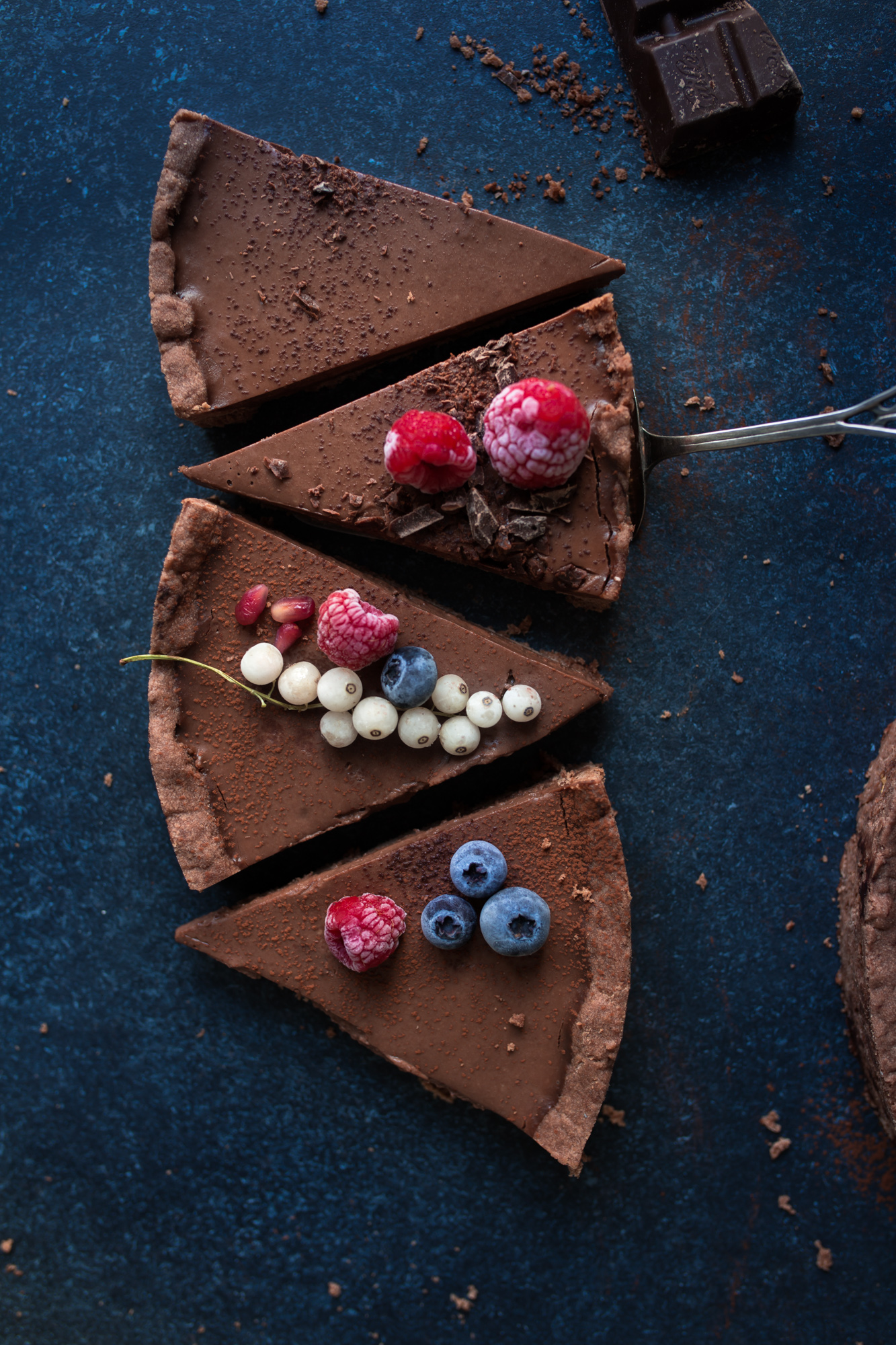 Dark Chocolate Shortbread Ganache Tart {vegan}