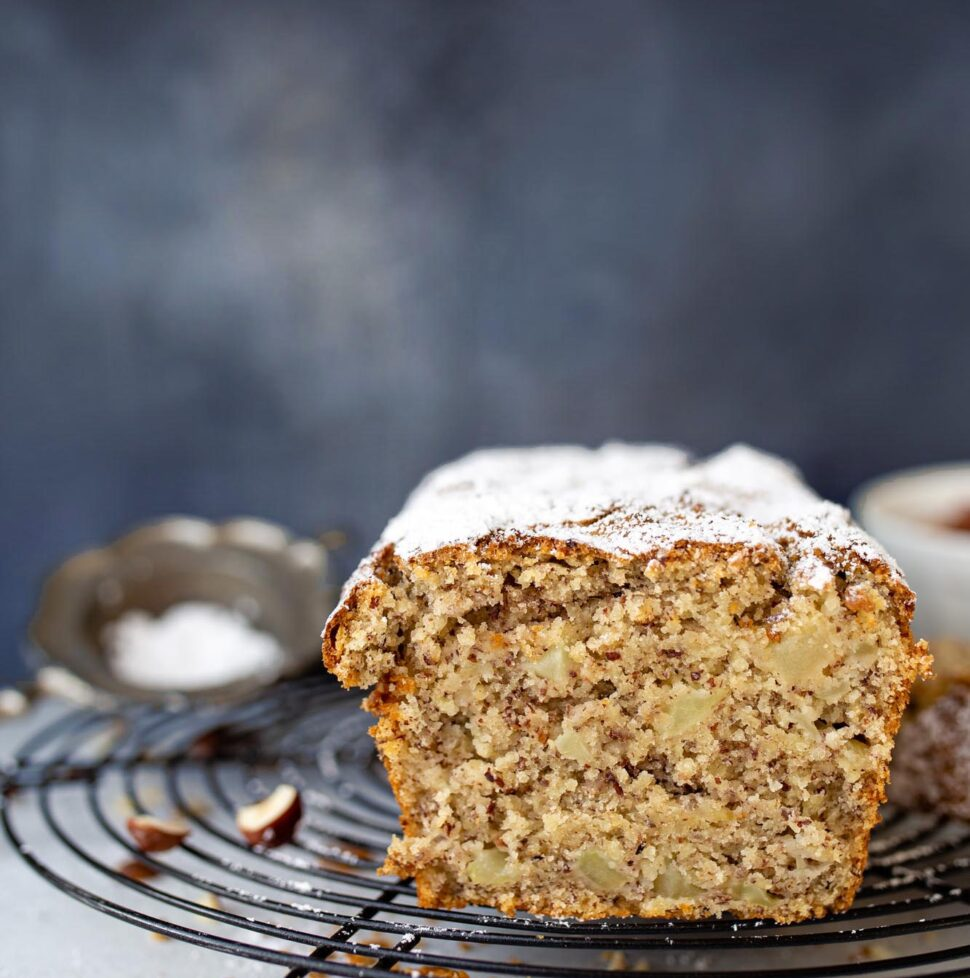 Best ever vegan apple hazelnut cake