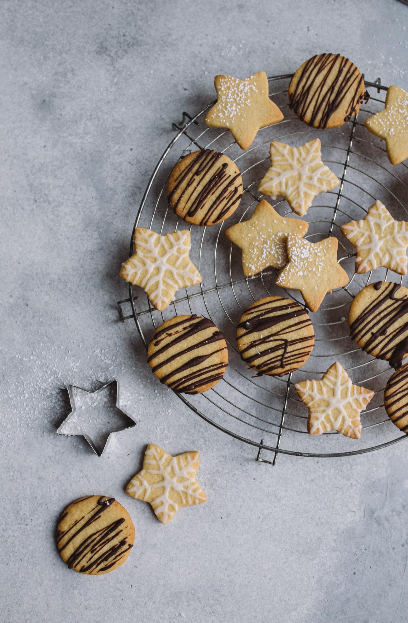 3 - 2 - 1 Die einfachsten veganen Weihnachtskekse der Welt!