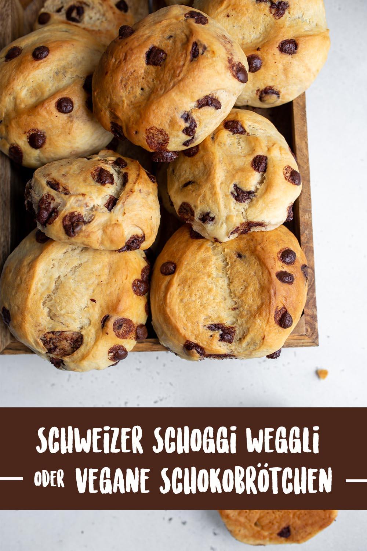 Weiche vegane Schokoladenbrötchen oder Schweizer Schoggi-Weggli