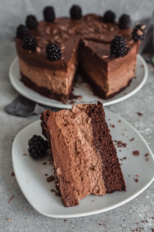 Vegan Chocolate Mousse Torte