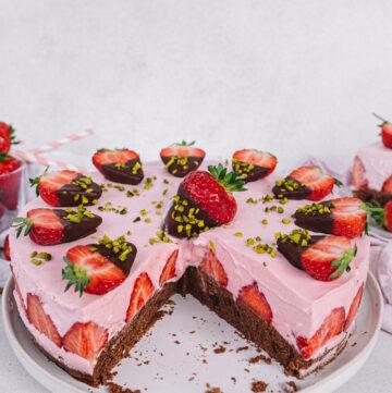 Vegane Erdbeer Sahne Torte